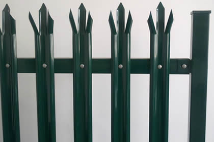 Green powder coating palisade fence from W section pales